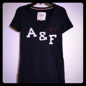2/$12🤩ABERCROMBIE & FITCH WOMENS TEE